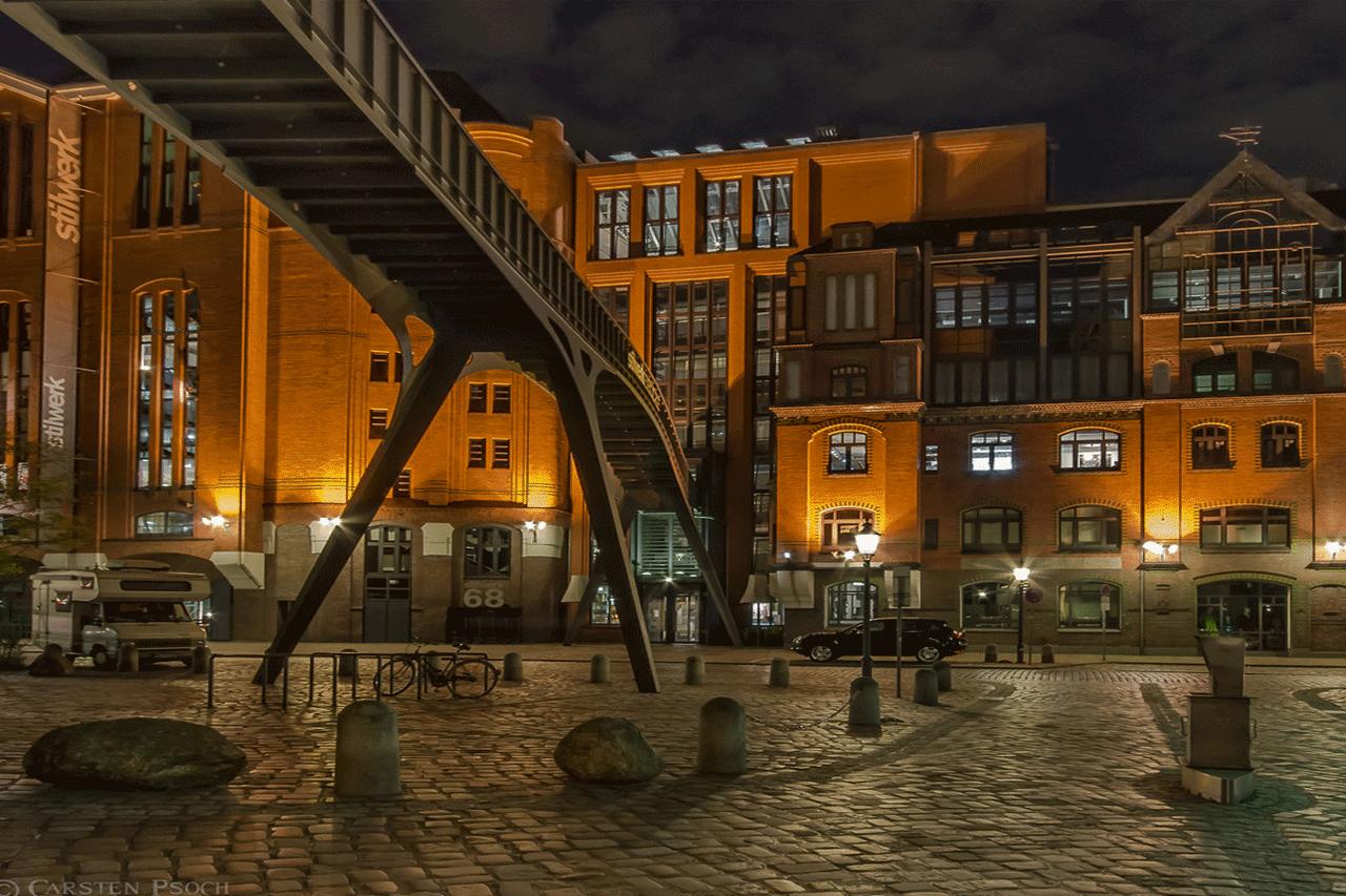 Stahlbau 2002 - Brückenverbindung Stilwerk HH - Stadtlagerhaus 4