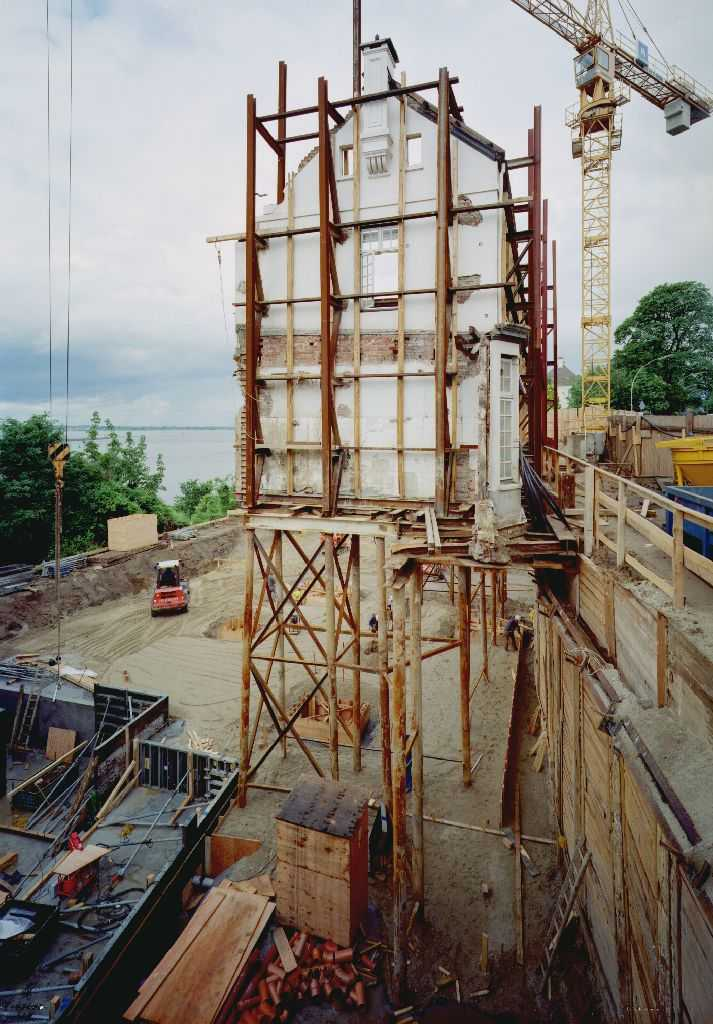 1999 - Fassadensicherung Neubau Hotel Louis C. Jakob