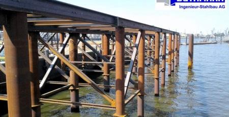 Plattform für Baustelleneinrichtung - Strandkai - Stahlbau in Hamburg