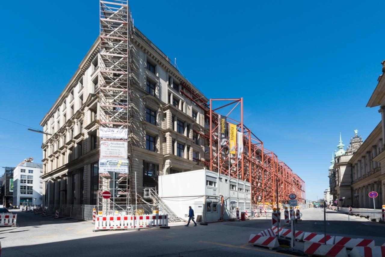BV Alter Wall 10-32