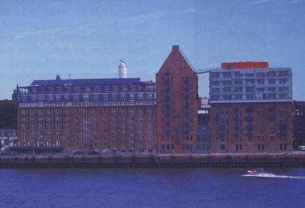 Oktober 2002Hamburger Architekten bauen mit Stahl Stadtlagerhaus Hamburg