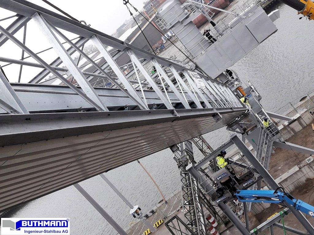 """Fachwerk-Transportbrücke, H. & J. Brüggen Lübeck"""