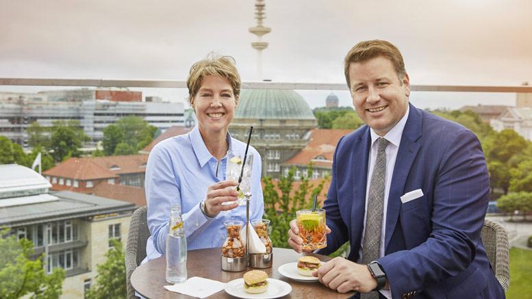 "22. Mai. 2019""Lange ein Herzenswunsch"" Block eröffnet Rooftop Bar auf dem Grand Elysée"