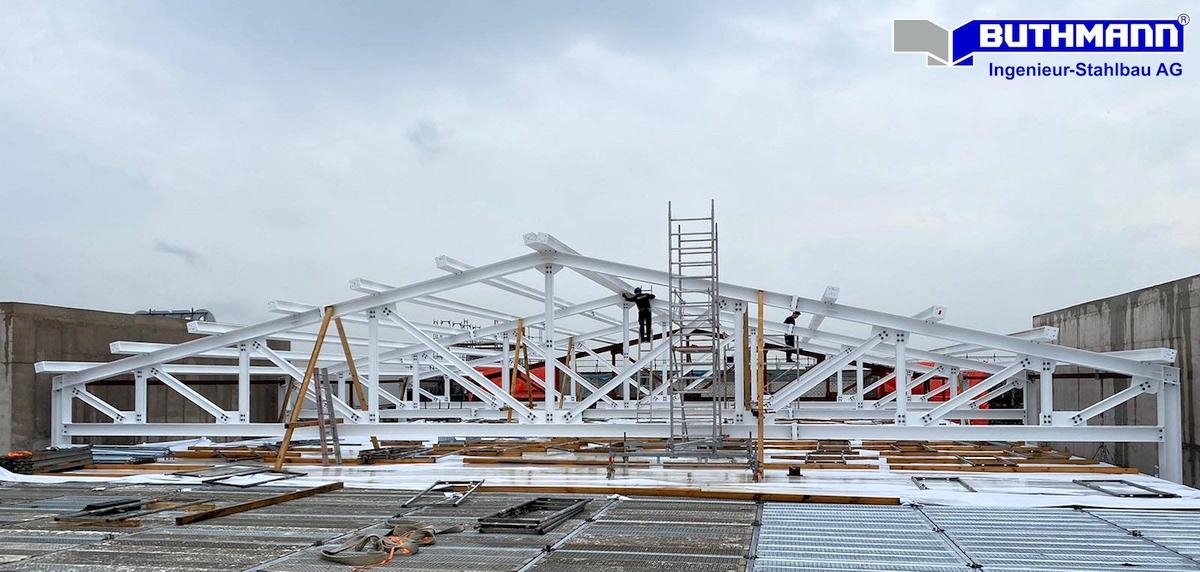 Stahlkonstruktion für das Atrium-Dach.