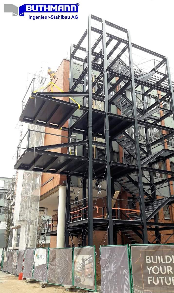 Bauvorhaben 2 große Fluchttreppentürme 10