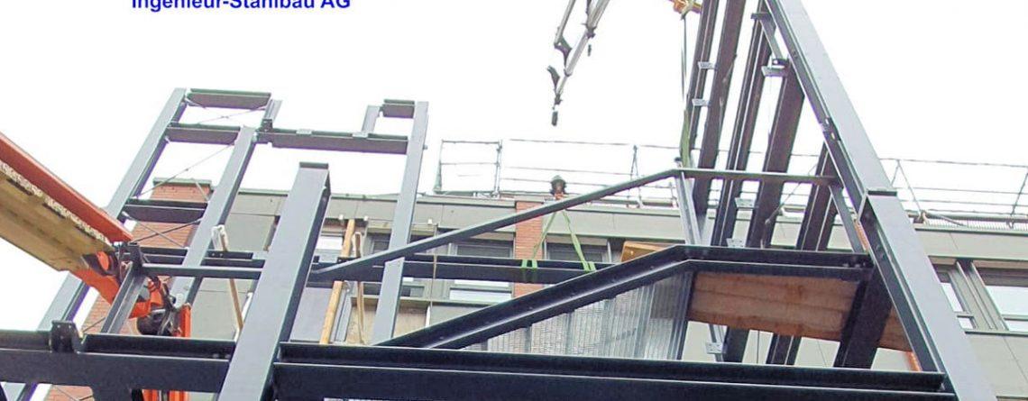 Bauvorhaben 2 große Fluchttreppentürme banner